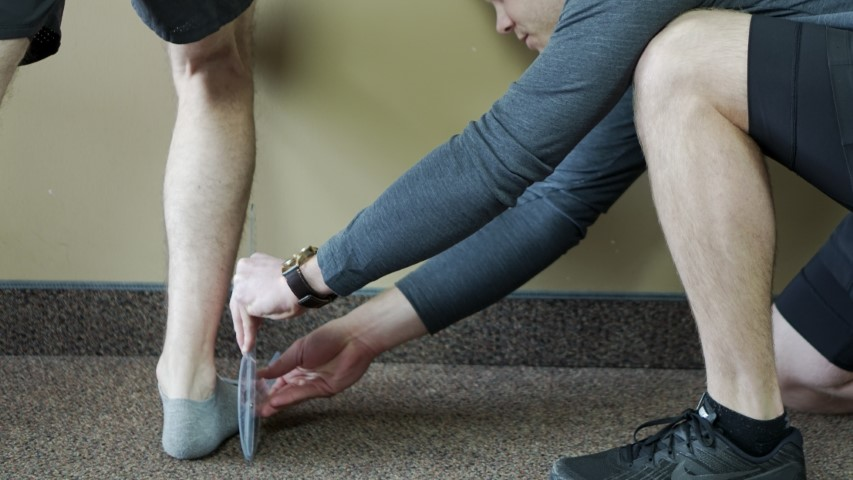 GRSM physiotherapist demonstrating proper exercise techniques